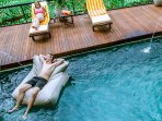 Hillside Eden Bali - Pool with floating beanbag
