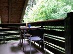 Balkon mit Blick zum Wald