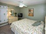Master bedroom King Bed, TV, ceiling fan