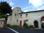 la tour des laudes : chambres chez l'habitant entre le Puy du Fou et le Marais Poitevin