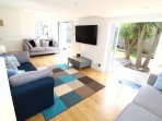 Croyde Holiday Cottages Sandy Shores Lounge To Outside