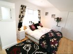 Croyde Holiday Cottages Sandy Shores Double Bedroom