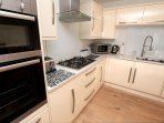 Woolacombe Holiday Cottages Ocean Breeze Kitchen Units