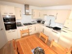 Woolacombe Holiday Cottages Ocean Breeze Kitchen Dining Area