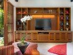Shinta Dewi - Entertainment room