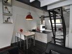 Duplex Studio - dining and kitchen