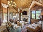 Ski Lounge