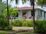 2 bedroom, fully screened cottage within walking distance of beach and village