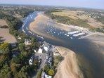 Port et rivière à 1km