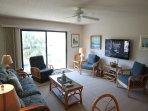 Summerhouse 238, Sleeps 6, Ocean View Condo, 4 Heated Pools, WiFi
