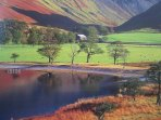 Lakeland Lodge: Lake District National Park UNESCO World Heritage Designated Site In Autumn.
