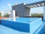 Rooftop solarium pool