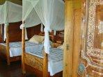 Pavilion Timor Family ensuite 2 singles beds