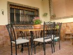 Dining table with six confortable chairs