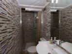 Bathroom (bedroom 2)