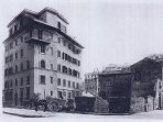 palazzo inizio anni 30 con affacccio su bene storico 'Antico Falcone'