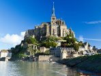Le Mont St Michel is approx 90 minutes away