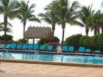 Swimming Pool / Piscina - ComprandoViajes