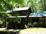 Creekside Cabin With Hot Tub, Fire Pit& Screened In Porch