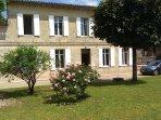 Maison de charme au coeur de Saint-Emilion pour des vacances paisible en famille ou amis 2- 8 pers