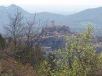 Vista del paese dalle rovine di Castiglione.