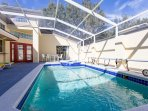 4-Bed/4-Bath with Private Pool & Spa and Free WiFi