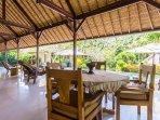 Ubud Villa Kanti Living Room