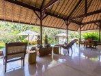 Villa kanti Ubud Living Room