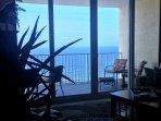 ROMANTIC BEACH BOUTIQUE - ELEGANT & STUNNING