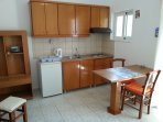 Ideal for couple who loves Greek sun and beaches in a natural place.Comfortable Studio at Fodele bea