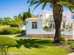Garden apartment with large lounge and private sun terraces overlooking onto beautiful gardens.