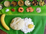 Sadya-Traditional Kerala Lunch
