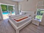 Villa Karibu - Main Bedroom