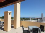Luxury 2 bedroom Penthouse with Seaview + free wifi