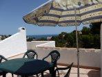 Amplia terraza con preciosas vistas al mar