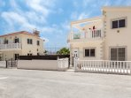 Both these 3 bedrooms villas can be rented at the same time