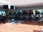 Gym totalmente equipado con equipamiento de ultima generacion