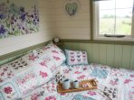 Cosy luxurious double bed