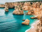 Praia de Marinha, awarded as 1 of the most beautiful in Europe, with beach bar, 7km