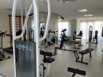Academia fitness completíssima, moderna, tudo novo e poucos usuários