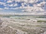 Daliburgh beach located at 10min walk from the pod