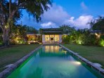 Pool-to-Villa-Night.jpg