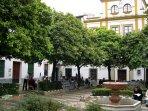 Plaza de Dña. Elvira - Barrio de Santa Cruz.