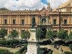 Museo de Bellas Artes - Plaza del Museo.