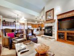 The Best Condo With Amenities on The Mountain