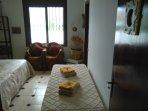 Habitacion Sol, con cama de 1.80, otra individual (optativa) y cuarto de baño propio