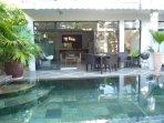 Ihr Pool und Terrasse und Wohnen