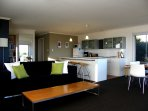 Enjoy the Coorong in contemporary comfort.