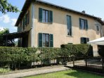 Traditional Italian Squire's Villa with 2 gardens and private pool