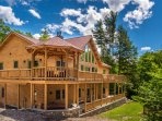 Luxury Cedar Log Home 1 Mile to Slopes